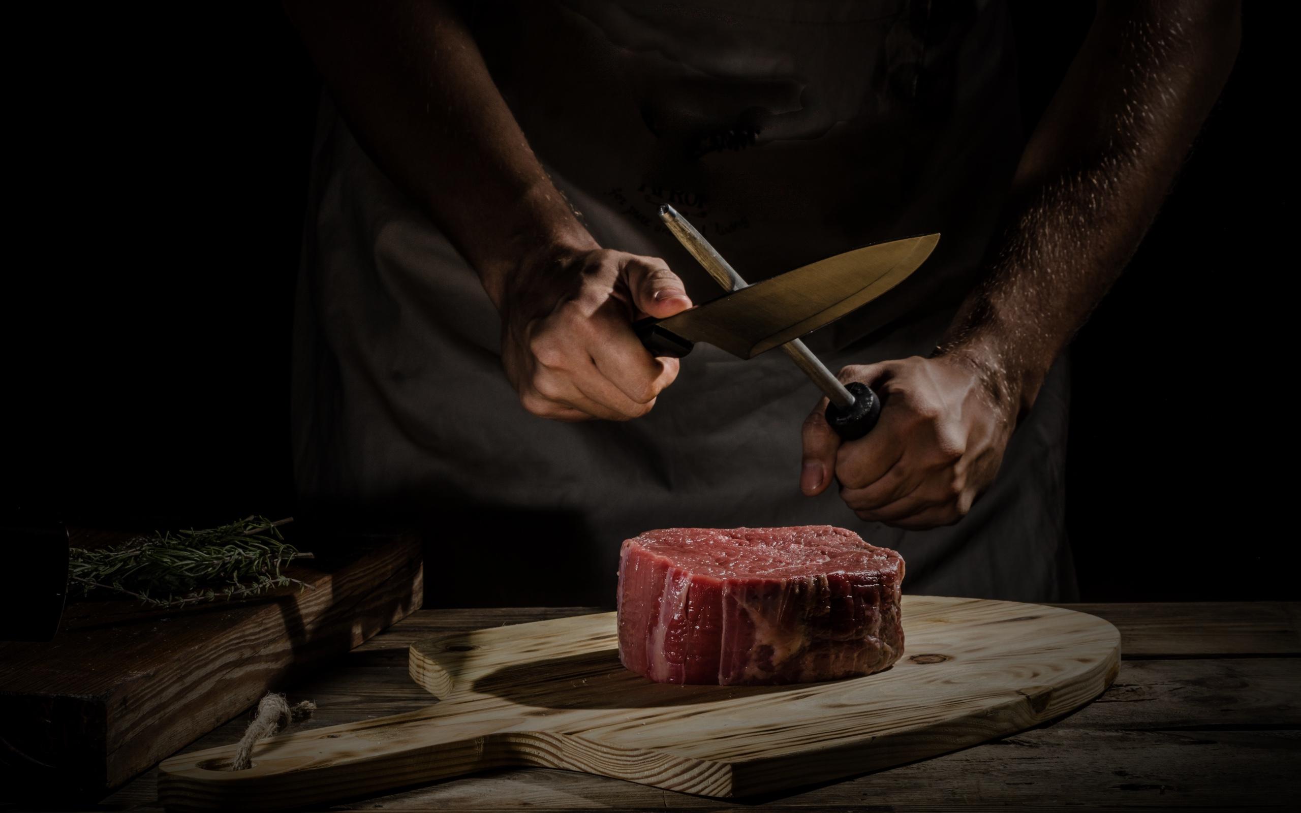 Fleisch mit Messer